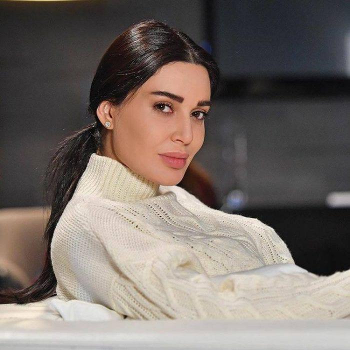 Cyrine Abdelnour n11