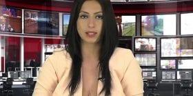 بالفيديو- لجذب الجمهور.. مذيعة تقرأ نشرة الأخبار شبه عارية