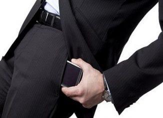 احذروا وضع الهواتف المحمولة في هذه الأماكن!