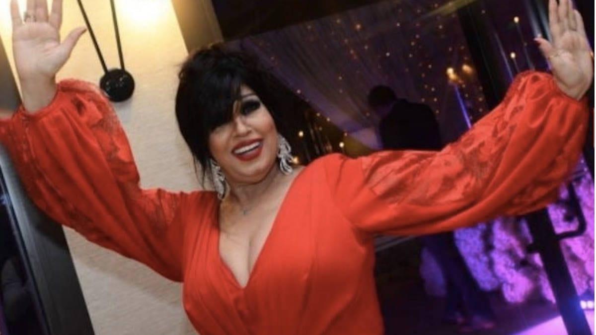 شاهد.. فيفي عبده تعود للرقص بعد ايام على وفاة رجاء الجداوي