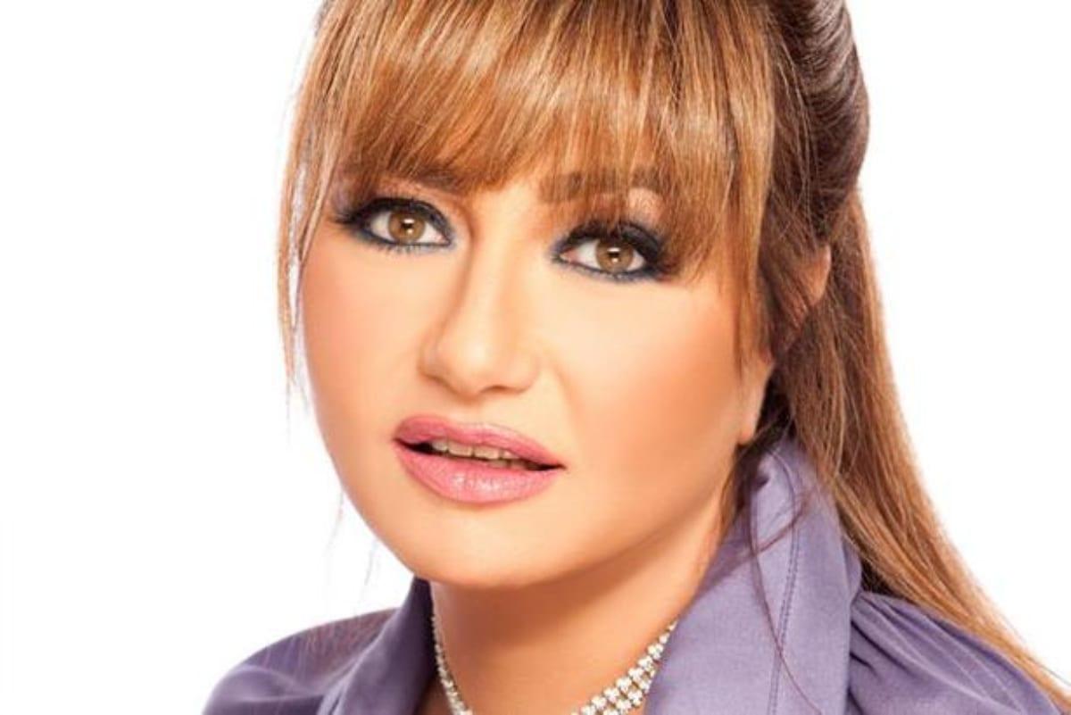 صورة نادرة لـ ليلي علوي من مرحلة المراهقة.. وهذا هو عمرها الحقيقي.. لن تصدق!