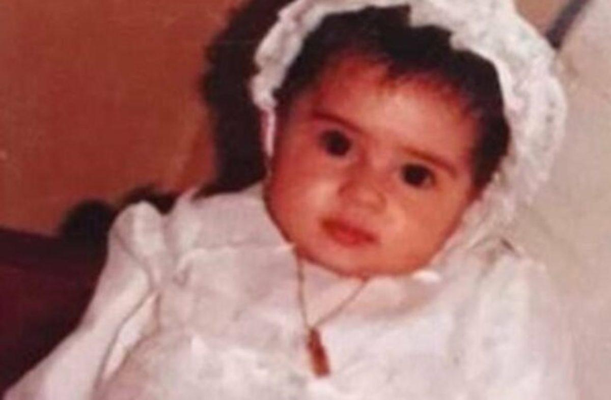 هل تستطيعون معرفة هوية هذه الطفلة الجميلة ؟.. فنانة مصرية تشارك بـ 3 مسلسلات في رمضان