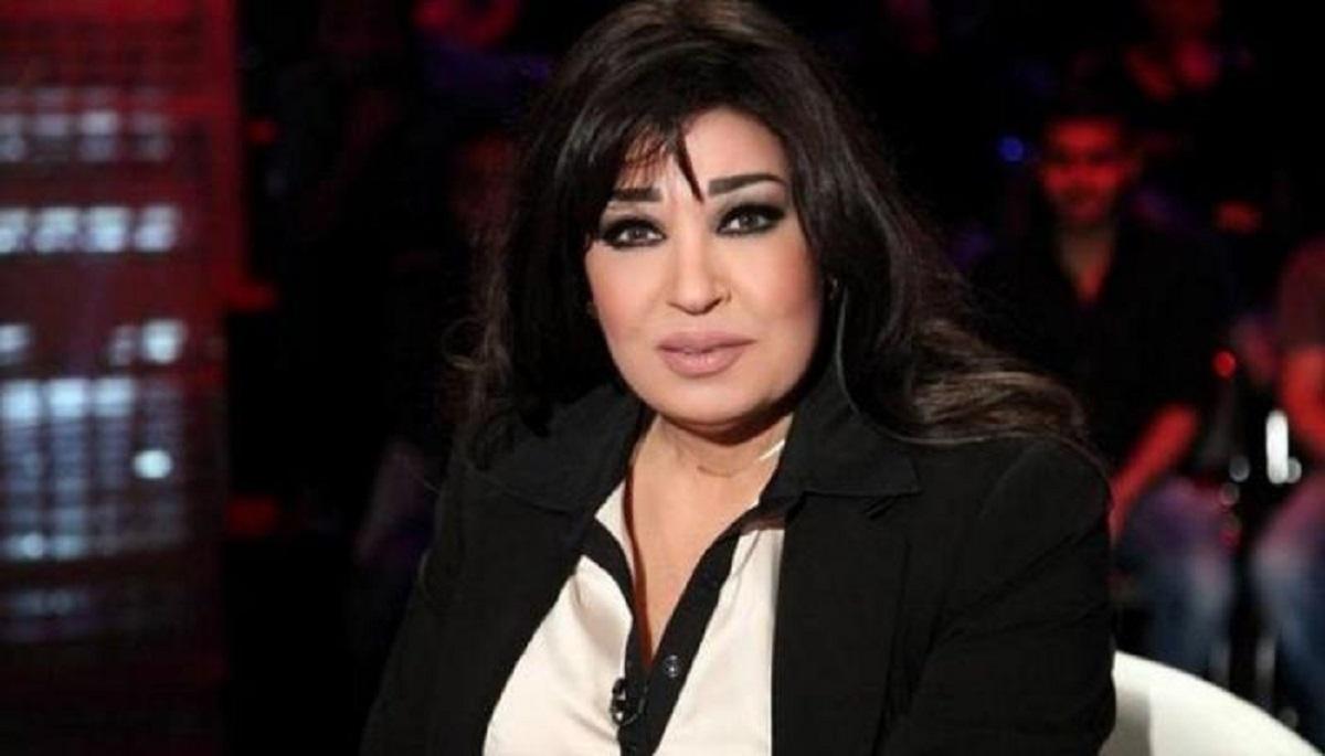 """فيفي عبده للجمهور : """" ادعولي أعيش حياة حلوة عشان أنا منبسطش بحياتي """""""